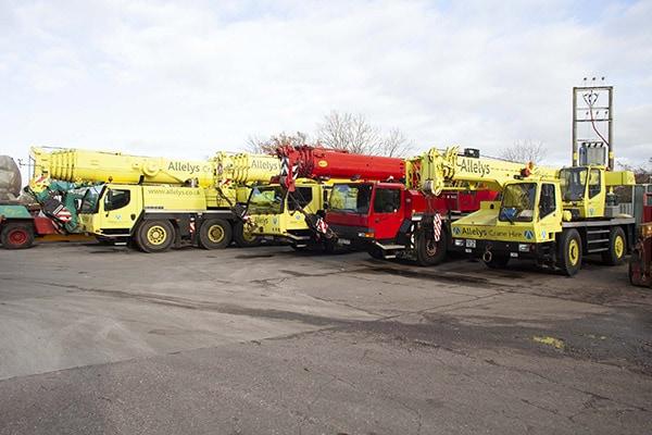 Fleet of cranes for hire