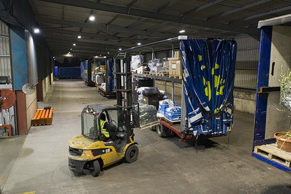 Pallet haulage and services