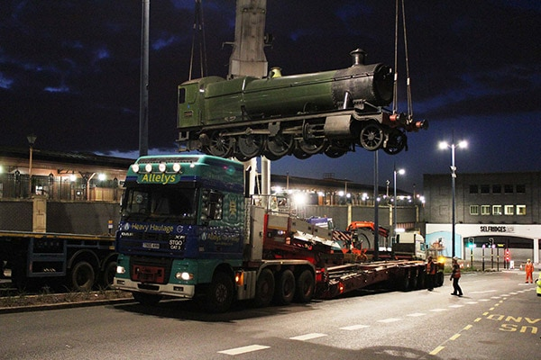 Vintage Rail Locomotive Transport Solutions