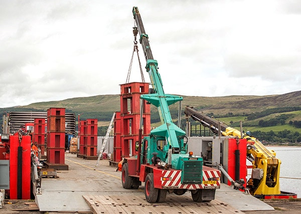 Crane hire services small or large