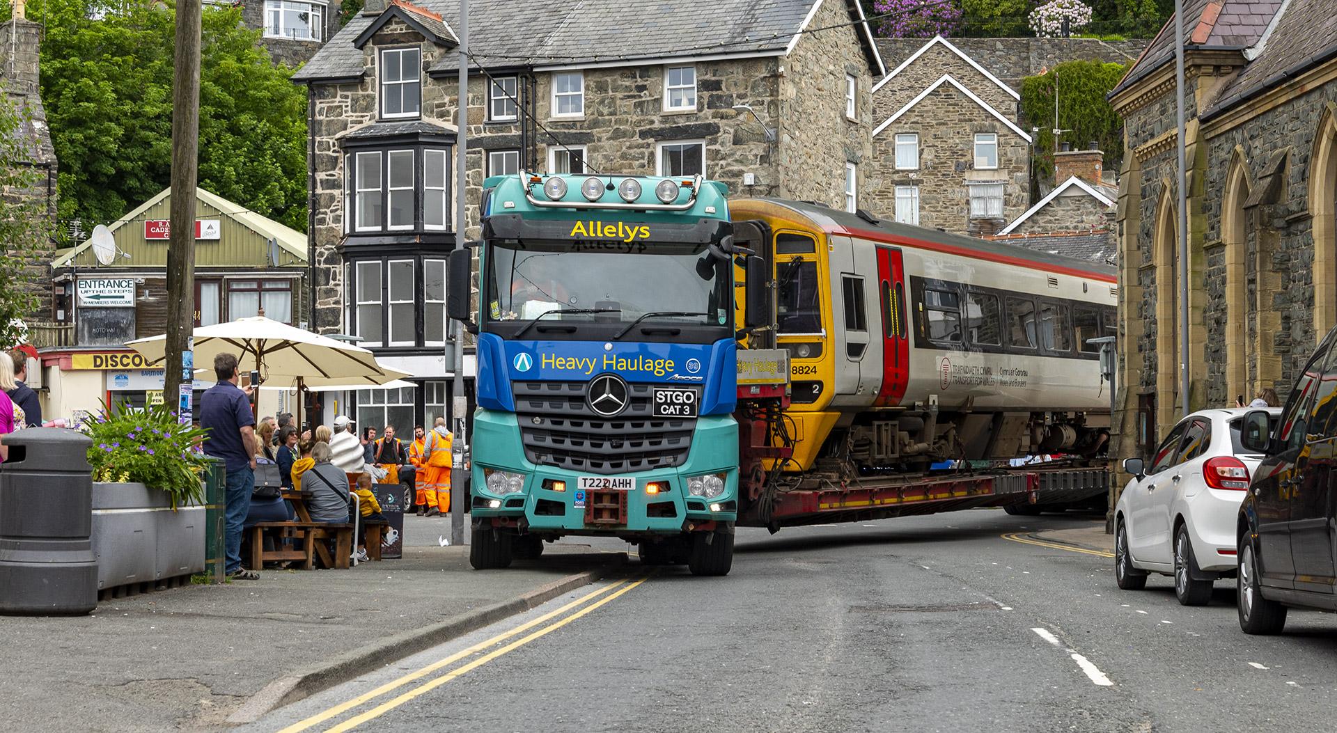 Train road haulage